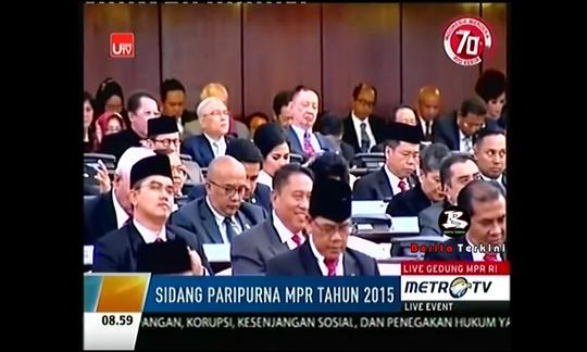 Doa PEDAS di Sidang Paripurna MPR 2015 DITERTAWAI Anggota Dewan