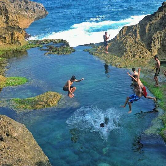 Surga di Tulungagung, Foto Pantai Kedung Tumpang Bikin Melongo