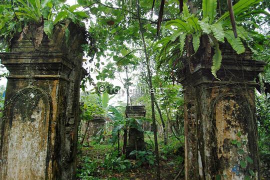 Kronologi Sejarah Pulau Jawa (10.000 SM - 2017)
