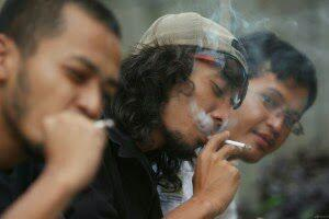 Kenapa Manusia Bisa Merokok?