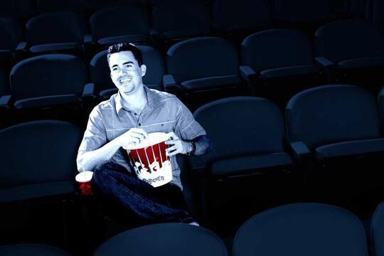Surat Terbuka untuk Pecandu Smartphone di Bioskop