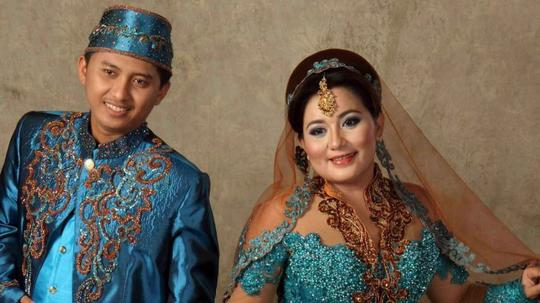 Anniesa Hasibuan Diteriaki Maling, Suaminya Nyaris Digebukin Korban First Travel