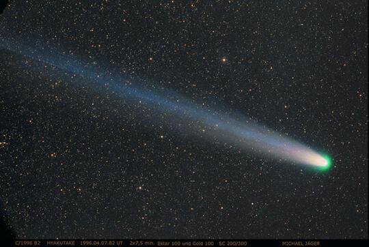 Mengapa Komet Jarang Muncul di Langit?