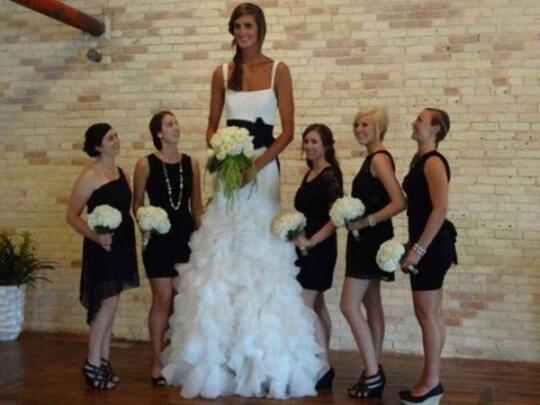 Foto- Foto Pernikahan Yang Nyeleneh, Apakah Pernikahanmu Seperti ini ?
