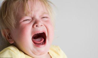 Mengatasi Ketakutan Anak terhadap Orang Asing