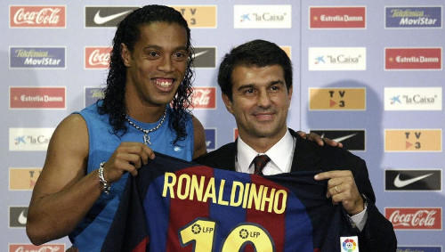 Barcelona Jagonya Nikung di Bursa Transfer