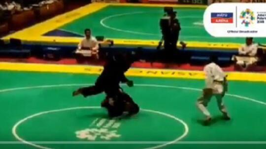 Aksi Brutal Pesilat Malaysia Setelah Dikalahkan Atlet Pencak Silat Singapura di Asian