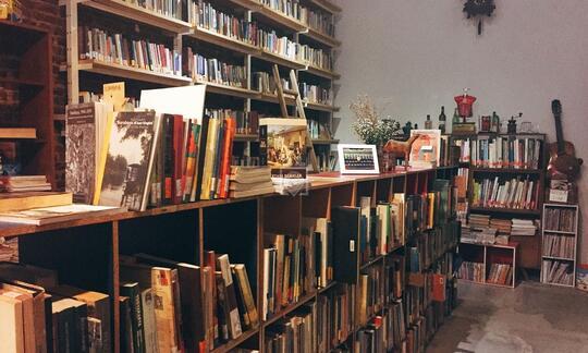 Perpustakaan ini bikin kalian semakin betah baca buku loh!