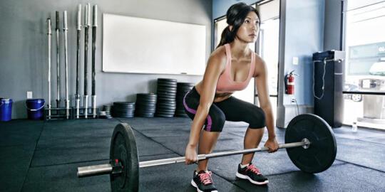 Mitos-mitos Angkat Beban yang Bikin Motivasi Hilang
