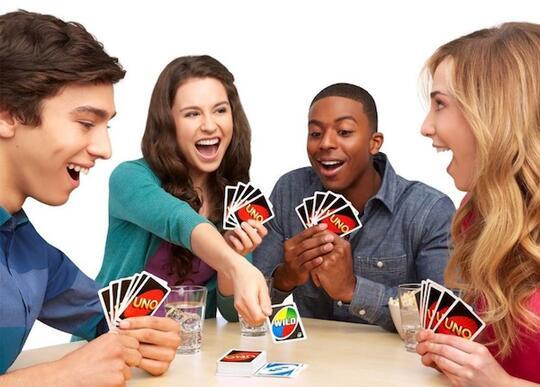 5 Permainan Ini Layak Dicoba Saat Berkumpul Bersama Teman Atau Keluarga