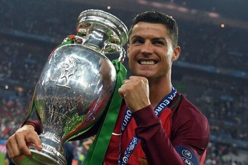 7 Pemain Sepak Bola Terbaik Dunia Saat Ini Versi TS, Kalo Versi Kalian ?
