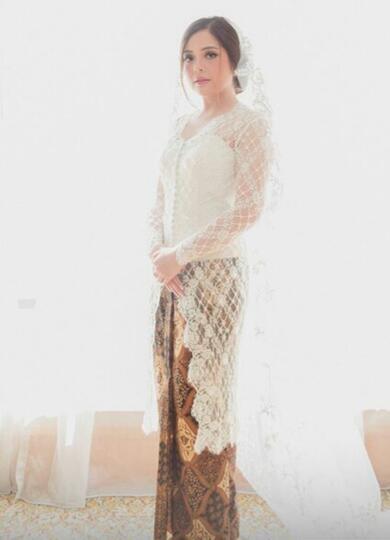 7 Style Kebaya Indonesia yang Bisa Sista Jadikan Referensi Dalam Berbusana