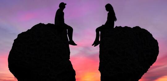 10 hal yang bikin hubungan renggang bahkan PUTUS!