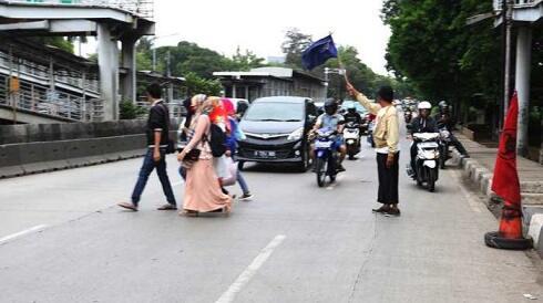 Kebiasaan-Kebiasaan yang Sering Dilakukan oleh Orang Indonesia