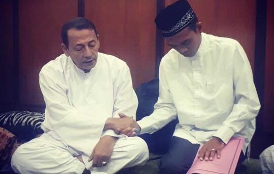 Syekh Abdus Shamad Dibaiat Habib Luthfi