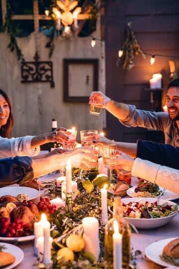 5 Ide Kreatif Valentine Makin Seru Bareng Keluarga dan Teman-Teman!