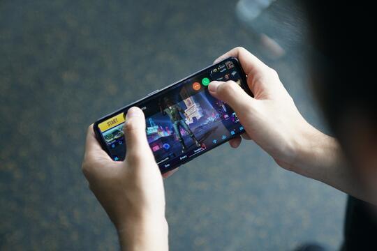 Hyper Boost, Teknologi Smartphone Yang Bikin Anti Lemot