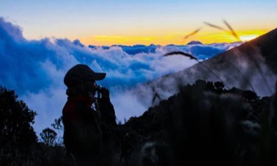 Cerita Mistis Saat Mendaki Gunung Slamet