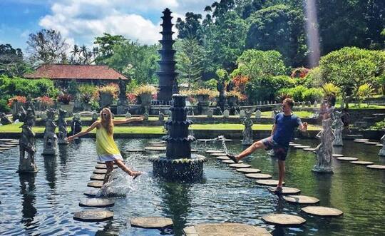 Ingin Bulan Madu Romantis di Bali tanpa harus banyak keluar duit?