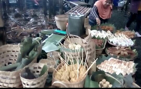 Pasar Papringan, Pasar Bambu yang Unik di Temanggung
