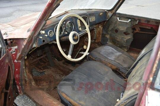 Mobil Karatan Ini Bernilai 1 Milyar Gan.