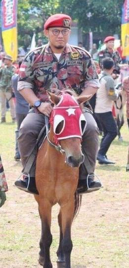 Prabowo Naik Kuda ke TPS, Fadli Zon: Keren! Saya terpaksa naik juga