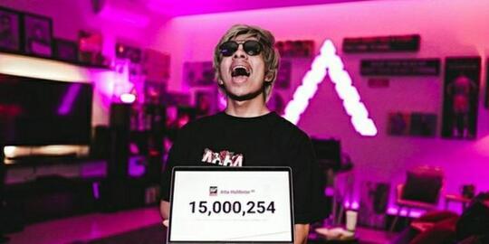 Kontroversi Tembus 15 juta Subscriber, ATTA Jadi YOUTUBER NO.1 Di ASIA!