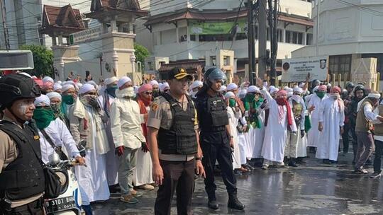 Sejumlah Orang Ditangkap di Flyover Slipi, Polisi: Mulutnya Berbau Alkohol