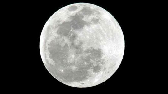 Studi Terbaru Ungkap Kondisi Bulan yang Menyusut dan 'Gemetar'