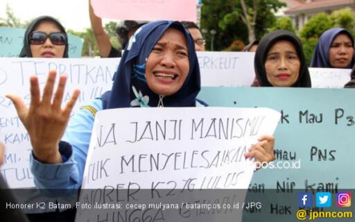 Jokowi Presiden Lagi, Honorer K2 Pendukung Prabowo - Sandi Menangis