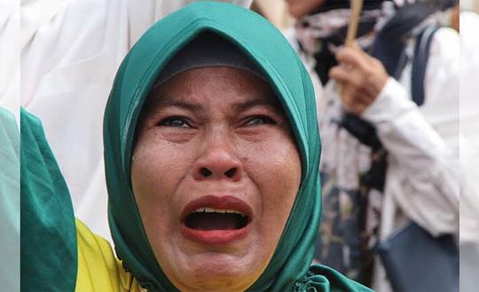 Kecewa, Pendukung: Prabowo Tak Hargai Emak-emak yang Nangis dan Jual Emas!