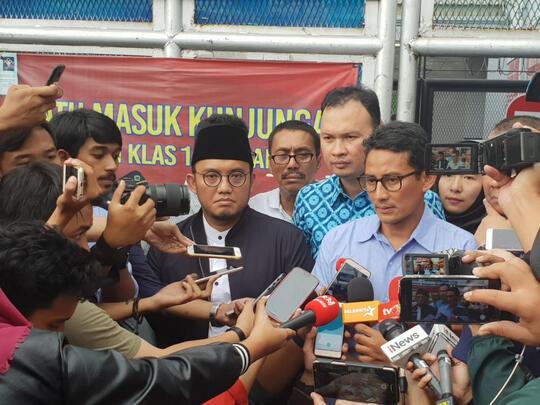 Dahnil Anzar: Beri Kesempatan Habib Rizieq Kembali ke Indonesia