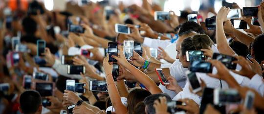 Jumlah Ponsel Sekarang Melebihi Total Populasi Manusia