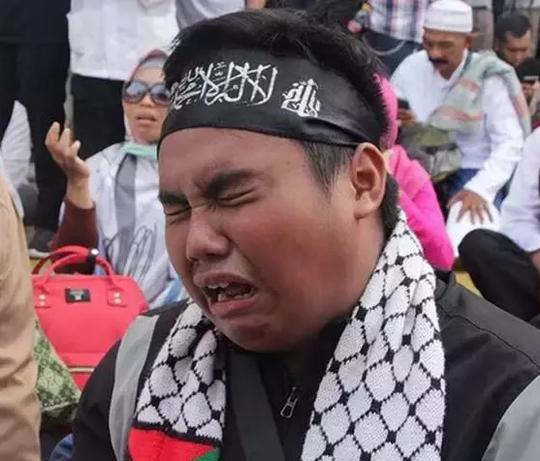 PA 212 Sebut Tak Restui Pertemuan Prabowo-Jokowi