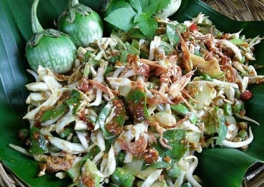The King Salad Van Java, Lotek Dan Karedok Nu Medok