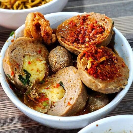10 Makanan Khas Indonesia Yang Dipengaruhi Budaya Tiongkok Enak