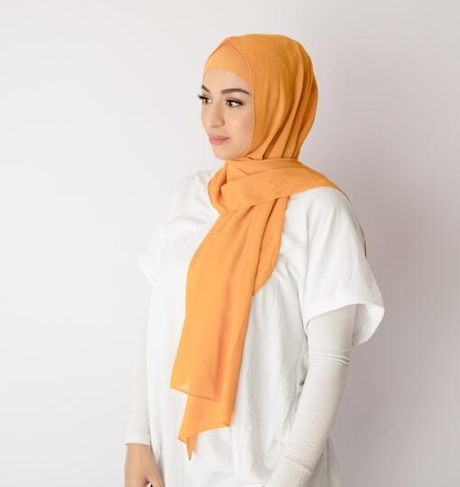 5 Warna Jilbab yang Cocok untuk Pemula Modis Tapi Simple