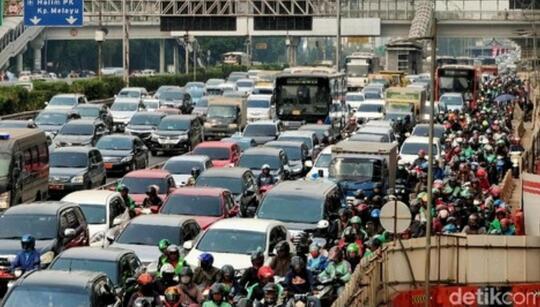 Motor Penyumbang Polusi Tertinggi Di Jakarta