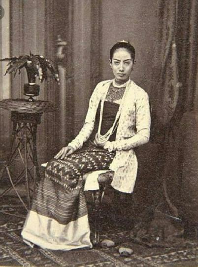 Kecantikan Nusantara Yang Anggun Sejak Zaman Majapahit