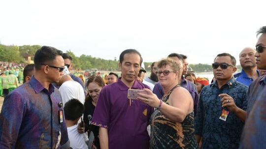 Turis Asing Wajib Lapor IMEI setelah Sebulan di Indonesia