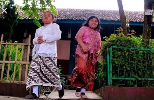 Pelestarian Kebaya Indonesia