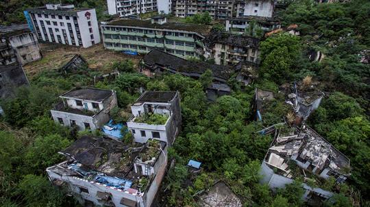 Berwisata di Kota Mati Tak Berpenghuni, Minat?