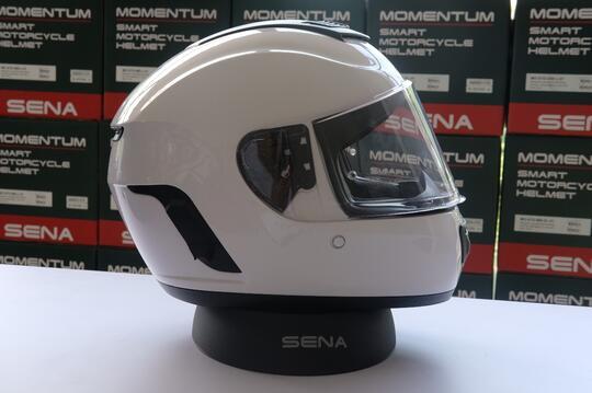 Helm Motor Jadi Satu dengan Alat Komunikasi Interkom Bluetooth