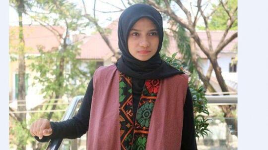 Siapa Sebenarnya Sherly Annavita? Perempuan Ini Berani Sindir Presiden Jokowi di ILC
