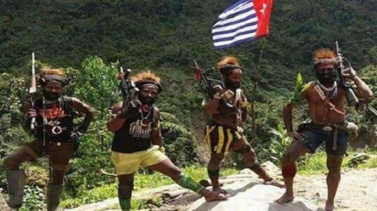 Satu Perusuh di Deiyai Papua Tewas Terpanah, Kapolri: Kena Kawan Sendiri