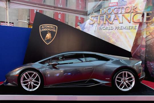 5 Mobil Super Mahal yang Hancur dalam Pembuatan Film