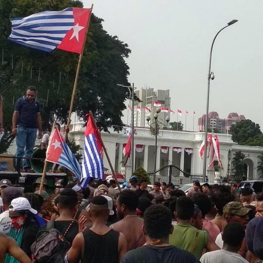 Bendera Bintang Kejora Ekspresi Kultural Warga Papua, Tak Bisa Dijerat Pasal Makar