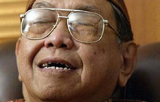 Humor Legendaris Gus Dur Mengenai 4 Sifat Bangsa, Indonesia Bikin Pusing