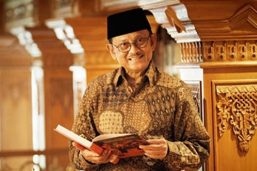 Eyang BJ Habibie, Seorang Panutan Terbaik Bangsa!