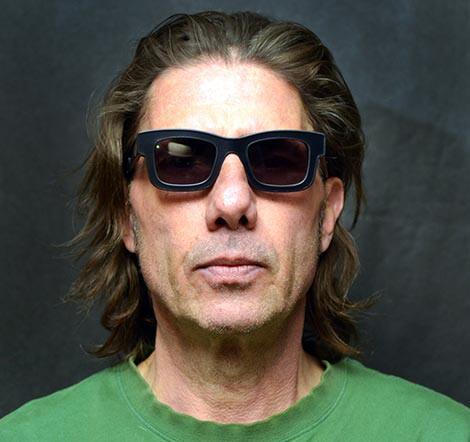 Kacamata Canggih yang Mengaburkan Wajah Si Pemakainya, Privasi Itu Penting, Gan!